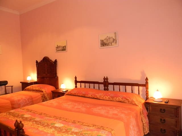Luca's B&B: Private, Old Rome, WiFi - Roma - Bed & Breakfast