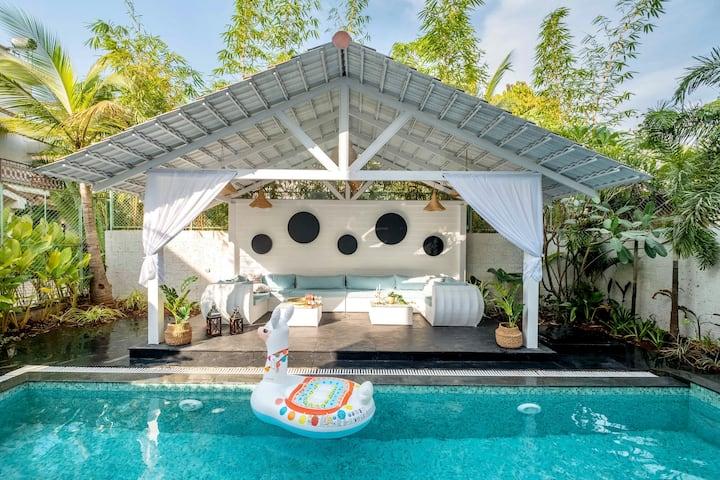 The Hampton's Twilight   Jacuzzi+ Pvt Pool Villa