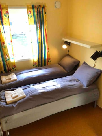 double bed 140 cm, towels are provided. Small room; 6.5 m2