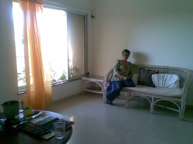 This is the living room, minimal, uncluttered. Pleasant north light.