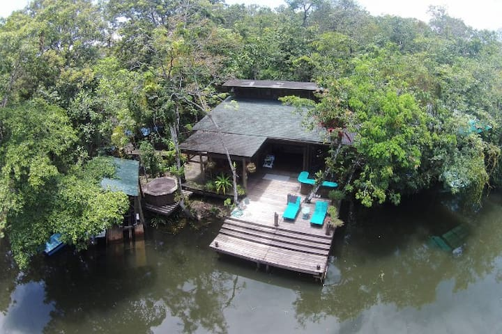 Cozy and private house for families in Rio Dulce - Río Dulce - House