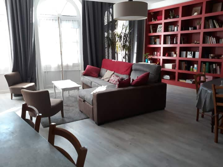 Grand  Appartement plein  centre de COGNAC