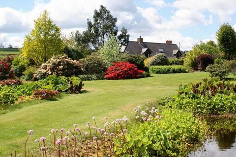Garden-lovers' dream