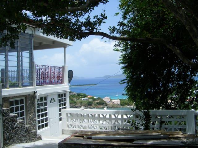 Affordable EcoFriendly Great View! - Central - Casa de huéspedes