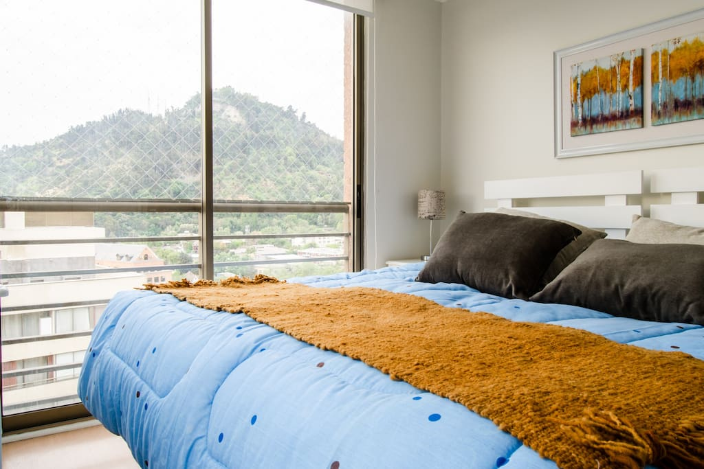 Habitación principal en suite. Se pueden separar las camas en dos individuales.