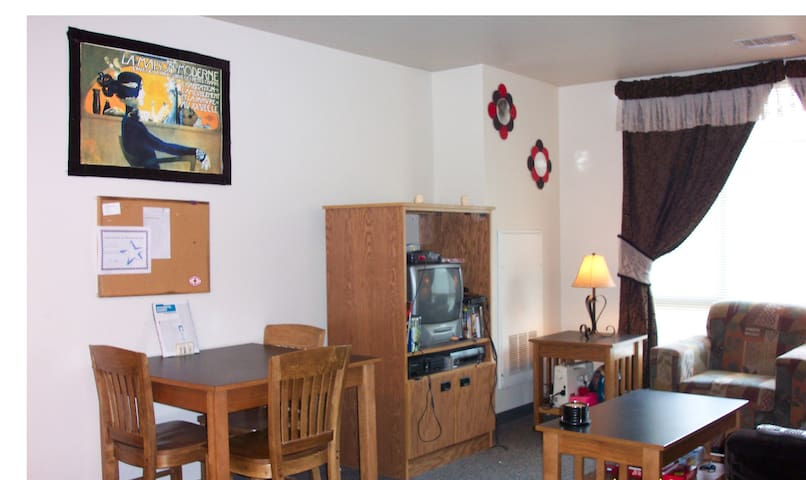 Rent out living room space