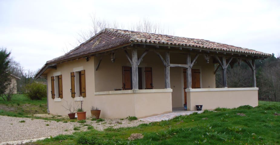 Gîte Dordogne - Échourgnac - Alojamento ecológico