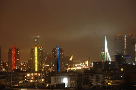 Luxury Rotterdam Skyline Apartment - Rotterdam