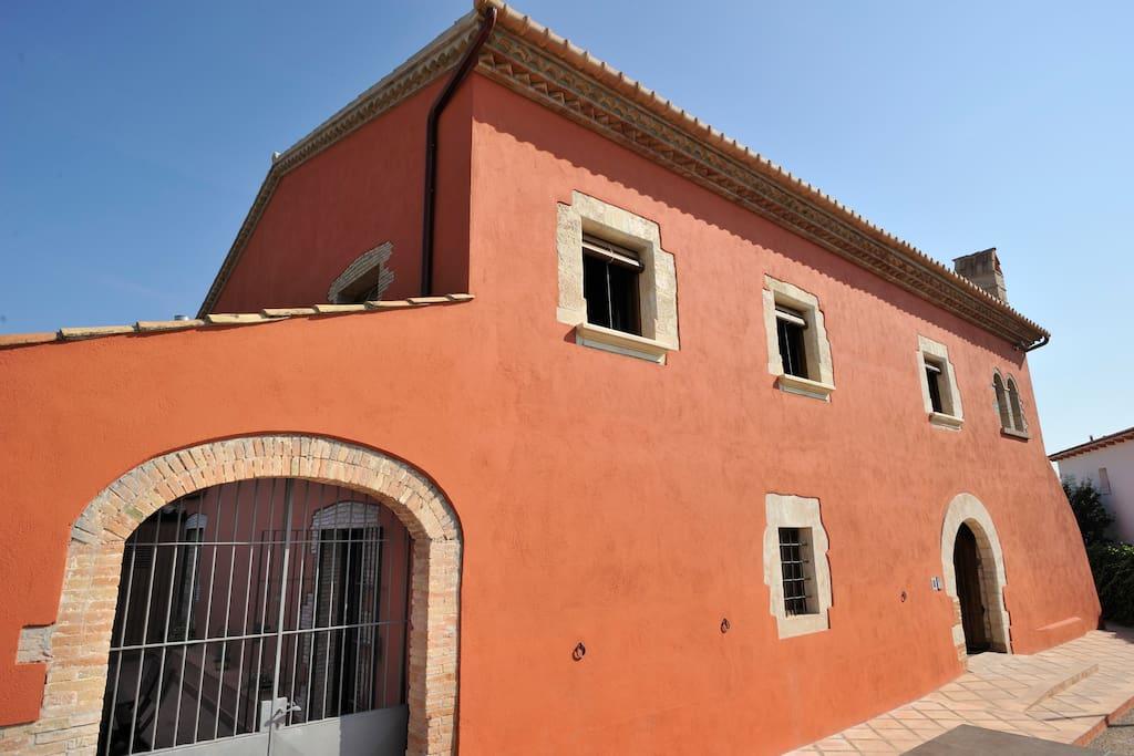 front façade - fachada principal
