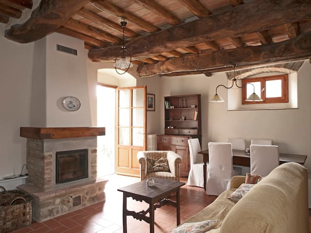 Chianti apartment with jacuzzi - San Casciano in Val di Pesa - Rumah