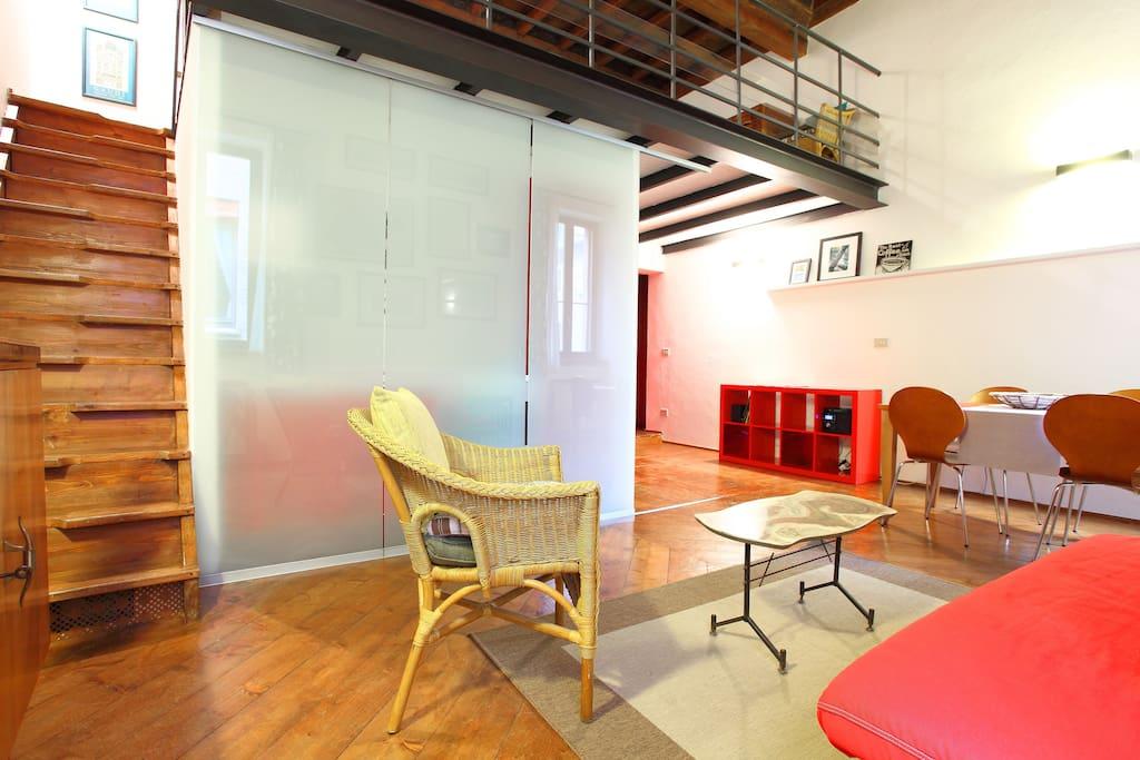 Open space suite di lucrezia appartamenti in affitto a for Permesso di soggiorno ferrara