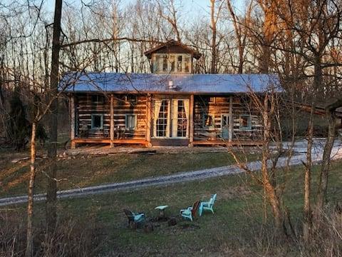 Red Fox Ridge Cabin Retreat