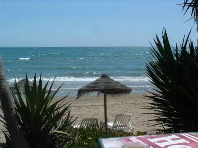 MARBELLA 5* LUXE BEACH APARTMENT - Марбелья - Квартира