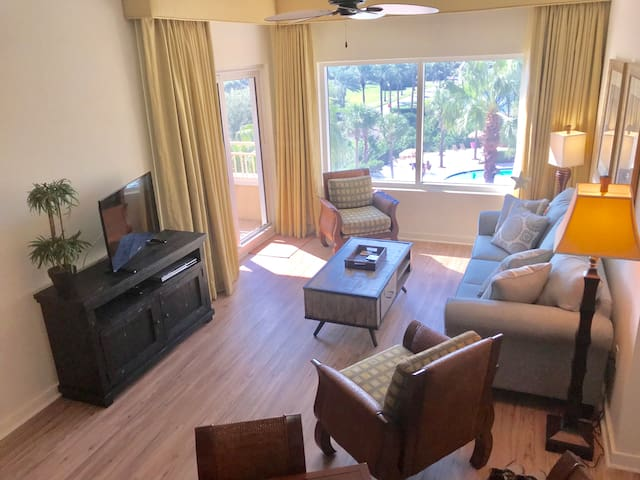 Sandestin Beach Luau Condo - The Perfect Retreat!