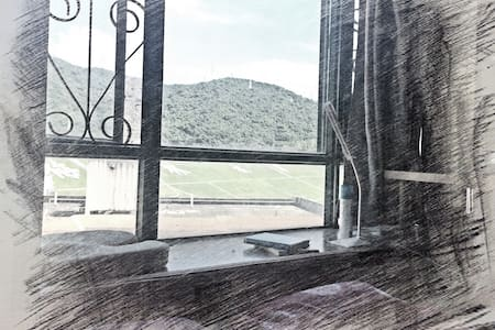 梅林水库旁山水景观房 mountain view apartment near down town