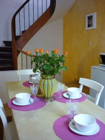 rent a cottage in center of Carcass - Carcassonne - Hus