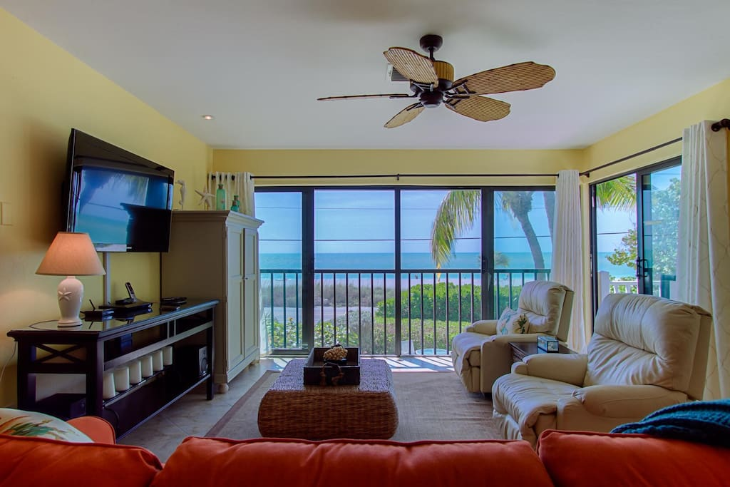 Open the sliders and let the breeze flow into the home for a more comfortable lanai.
