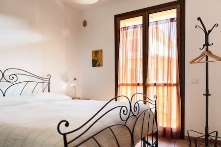 SPECIAL - Scenic Tuscany Room #4