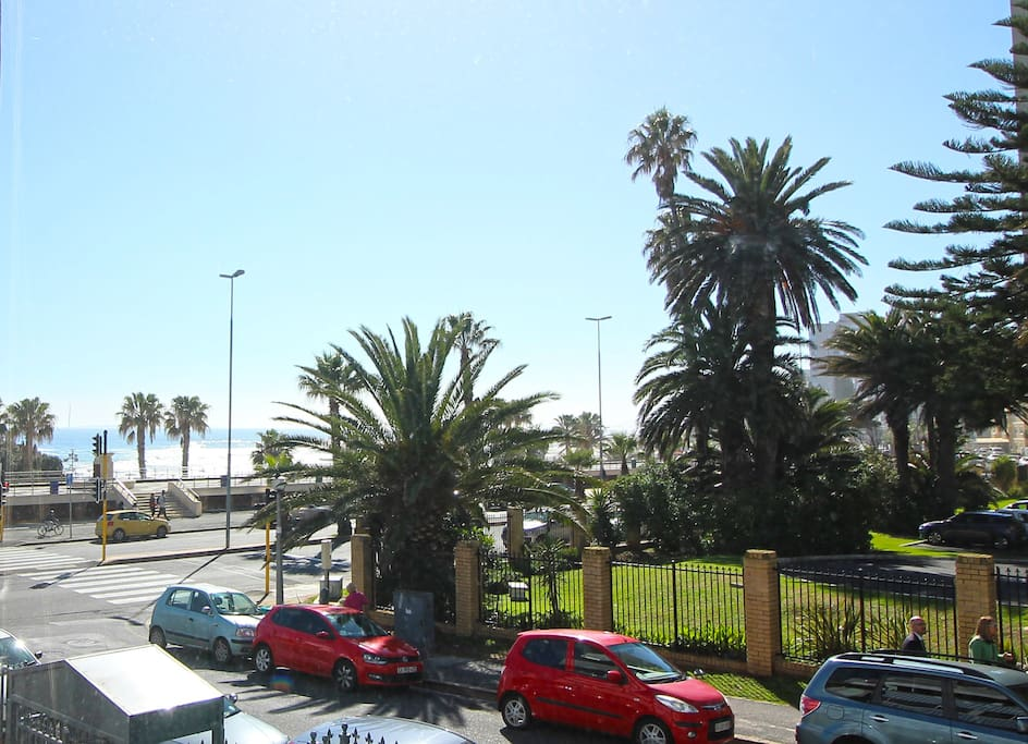 Trendy Sea View Flat In Popular Sea Point Apartments For Rent In Cape Town Western Cape
