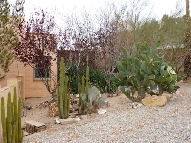 Private/quiet casita near JTNP - Twentynine Palms - Andet