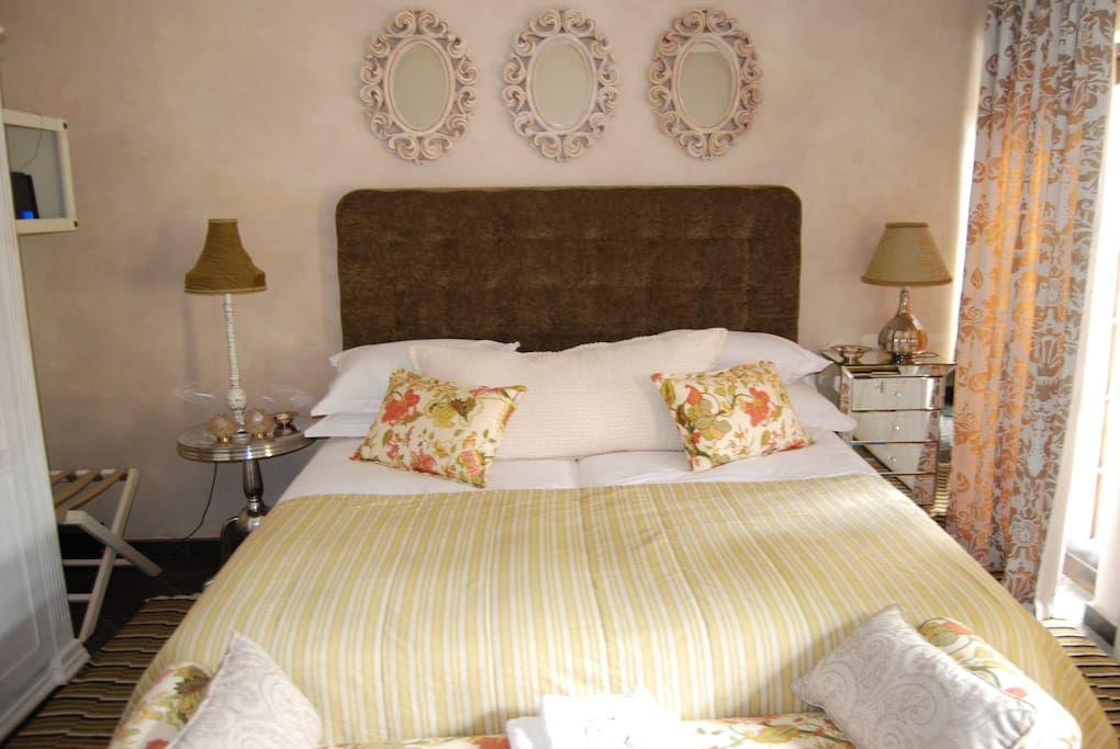 Loire Valley Room
