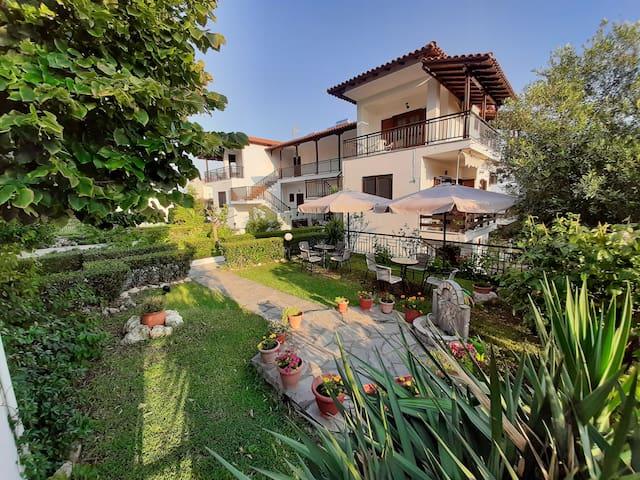 Τhe secret view my sunshine garden!