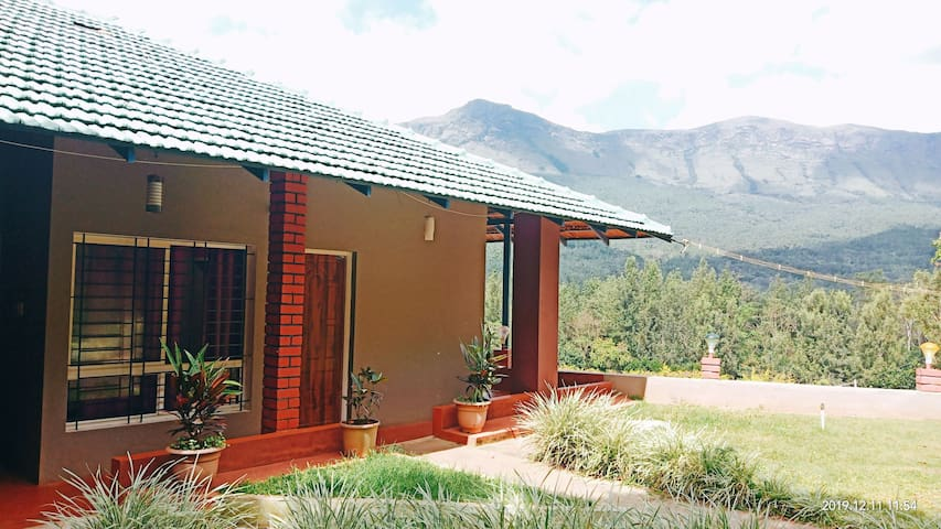 Homestay opposite to hill station (6 Bedded)