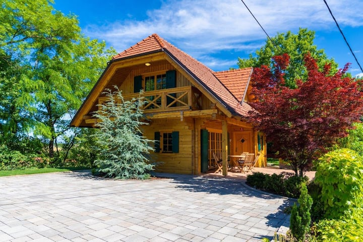 ☆Chalet Haloze on Hilltop☆ w/Terrace, Wine celler