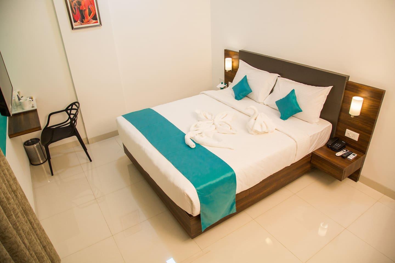 Alibag- Executive room at Budget Hotel
