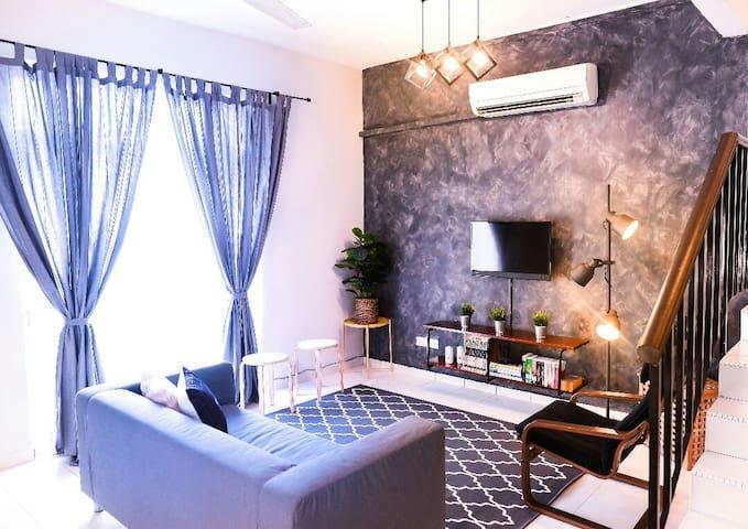 4BR Exclusive Interior Design HomStay @Melaka City
