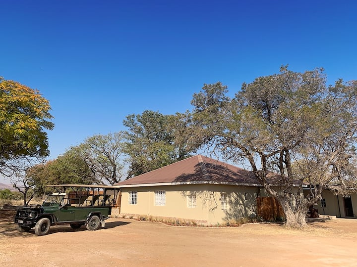 Family Friendly!! - Bushveld Farmhouse