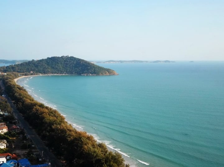 Beautiful seaview apartment in Mae Ramphung beach