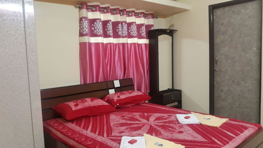 VIP Furnished 1 Bedroom Suite with Kitchen