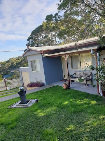 Child & Dog Friendly Home @ Charlestown