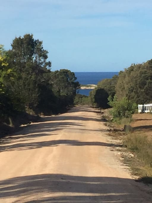 Driveway aprox 300 m between beach and Crayfish Cottage