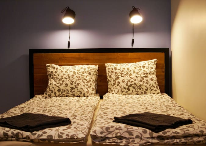 Private Ensuite Double in A16 Hostel, City Center