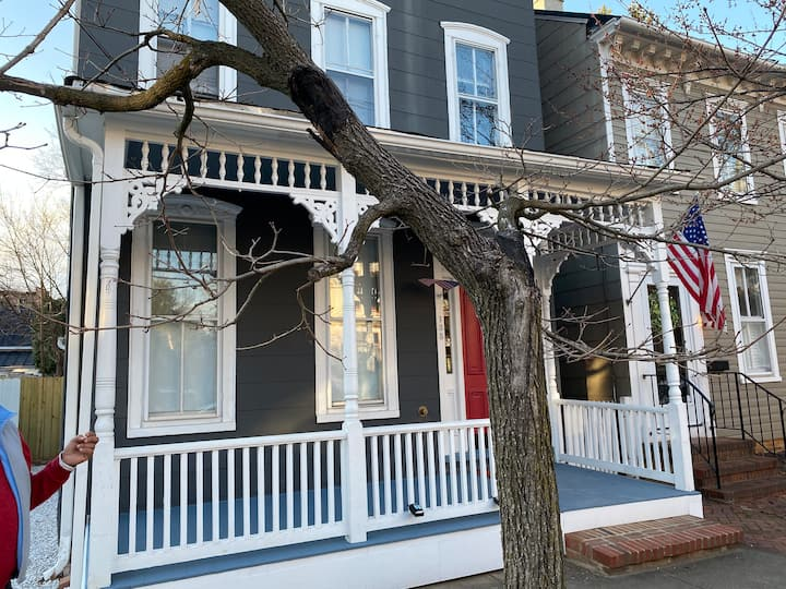 New Renovation/Historic Downtown Annapolis