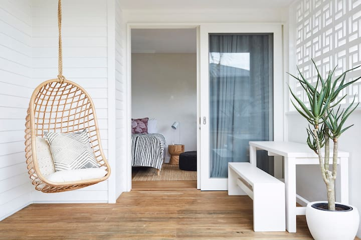 The SALT at Bask & Stow: a luxe suite in Byron Bay