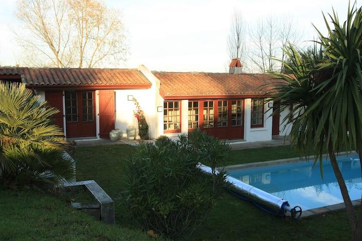 Bidart, Jolie maison avec piscine