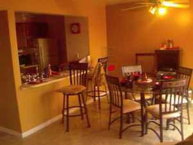 4 star living - Claymont - Casa