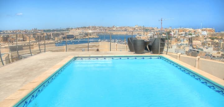 Upper Harbour View - with Roof Top Pool