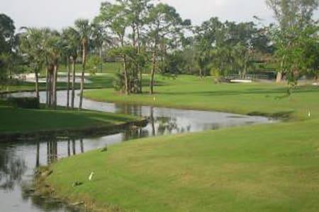 Golf Villa at PGA National - 83415 - パームビーチ・ガーデンズ - 別荘