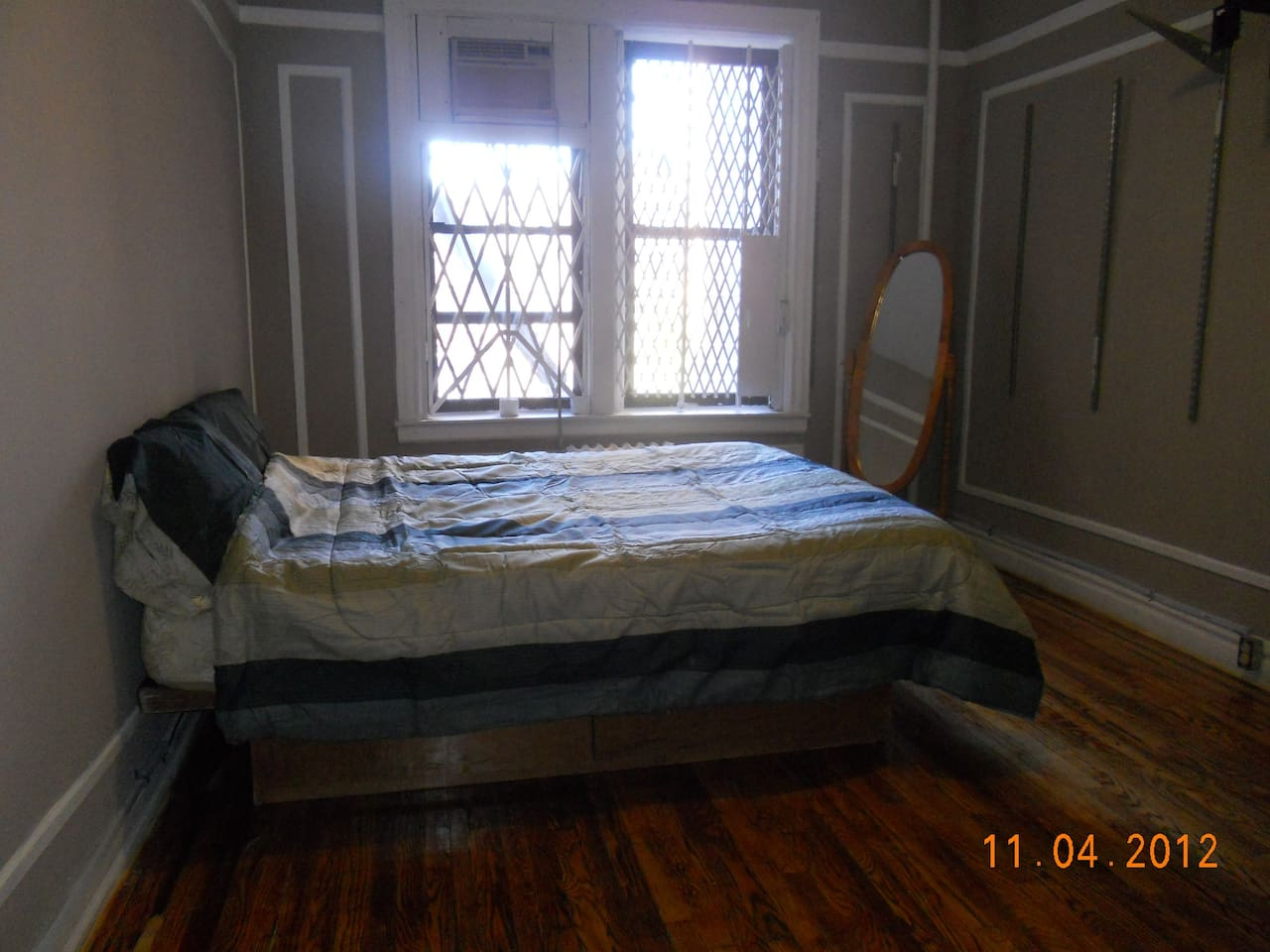 Double Bed with mirror