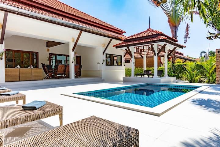 Malee Beach Pool Villa B8, Koh Lanta, Krabi