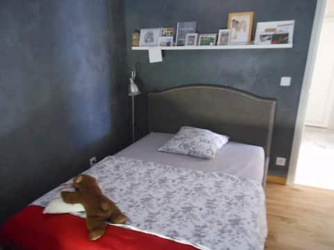 Cosy room, possibilité de long séjour