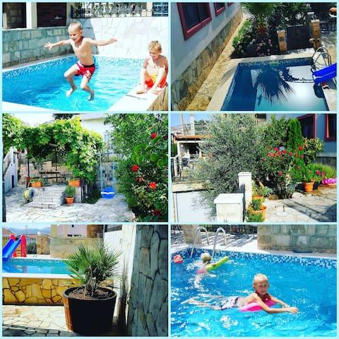 Villa Vi (B) с бассейном