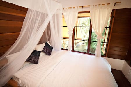Cozy River Room Near Chiang Mai - Mae Wang