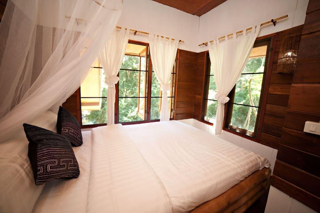 Cozy River Room Near Chiang Mai