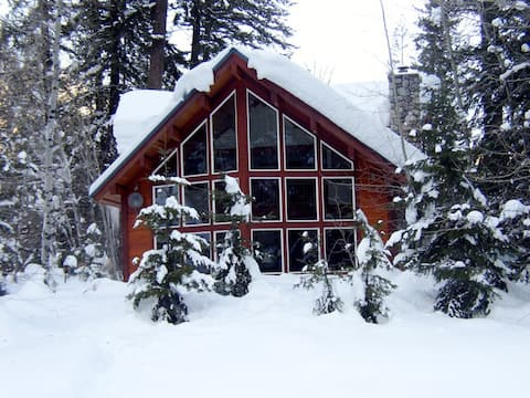 Log Home at Lost River & Methow Rivers Confluence