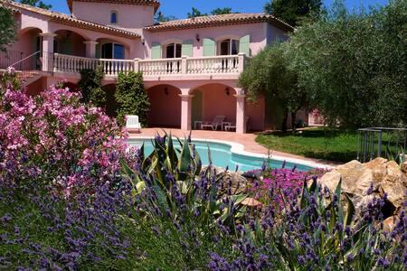Provencal villa with private pool - Saint-Cézaire-sur-Siagne